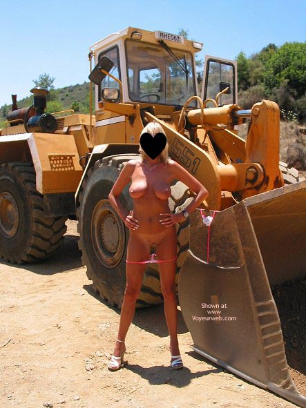 Pic #8 - Toni In And Out Of Her Bikini!