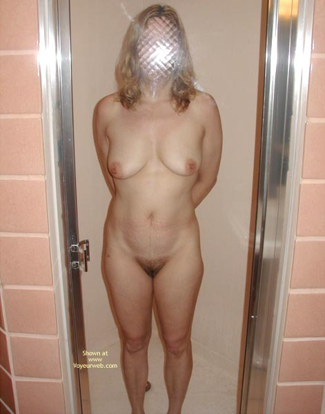 Pic #4 - Lm Wife Posing