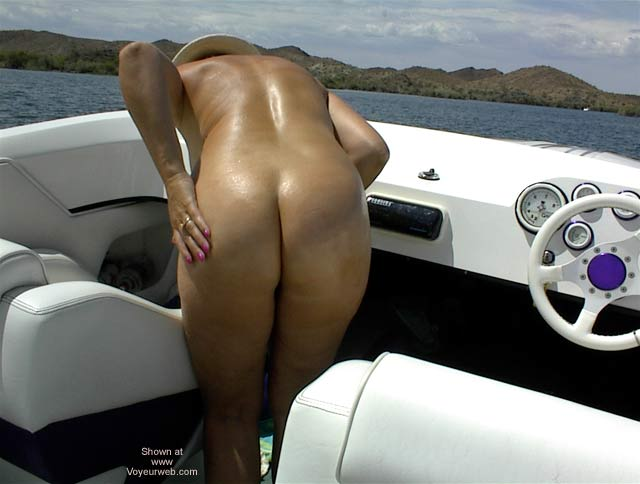 Pic #3 - Nudist Boaters Have More Fun