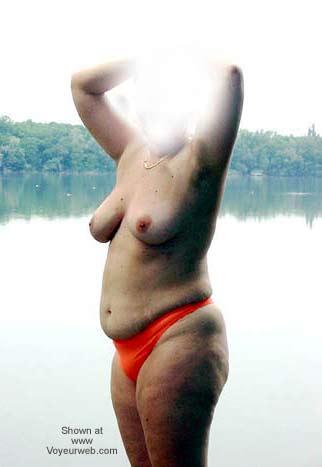 Pic #2 - Une Jolie Française qui Aime S'exhiber