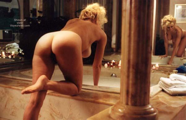 Pic #3 - Bathing Venus