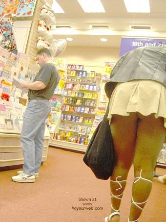 Pic #5 - Camden Girl Shops Till She Drops