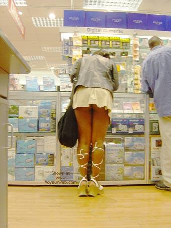 Pic #8 - Camden Girl Shops Till She Drops