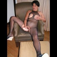 Lori Dressed to Please