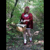 Red Riding Hood & Lil Bad Wolf