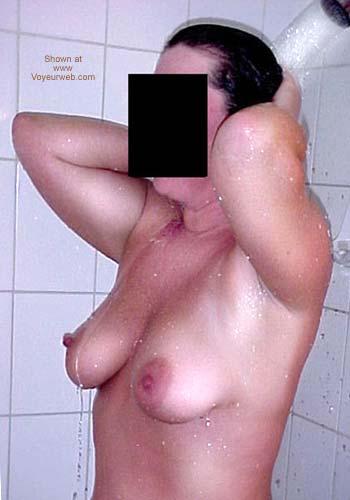 Pic #5 - Kim Takes A Shower