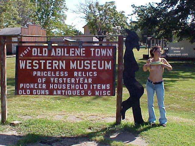 Pic #5 - Scotti in Old Abilene Kansas