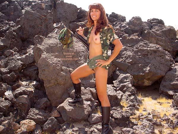 Pic #2 - *Un Brunette Tough Chick