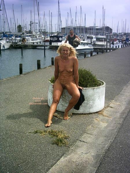 Pic #4 - Ja Ol On The Wendtorf Marina 2