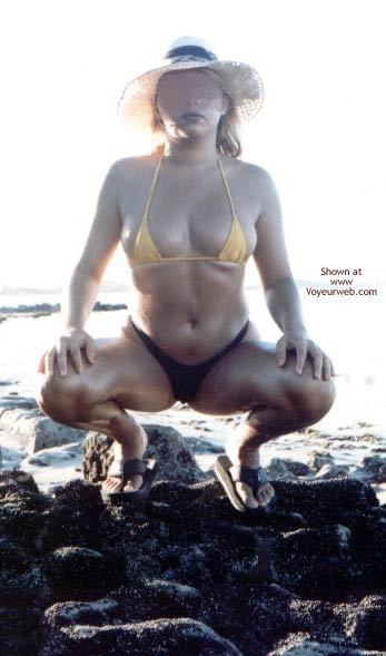 Pic #5 - Garota Ma Nas Praias