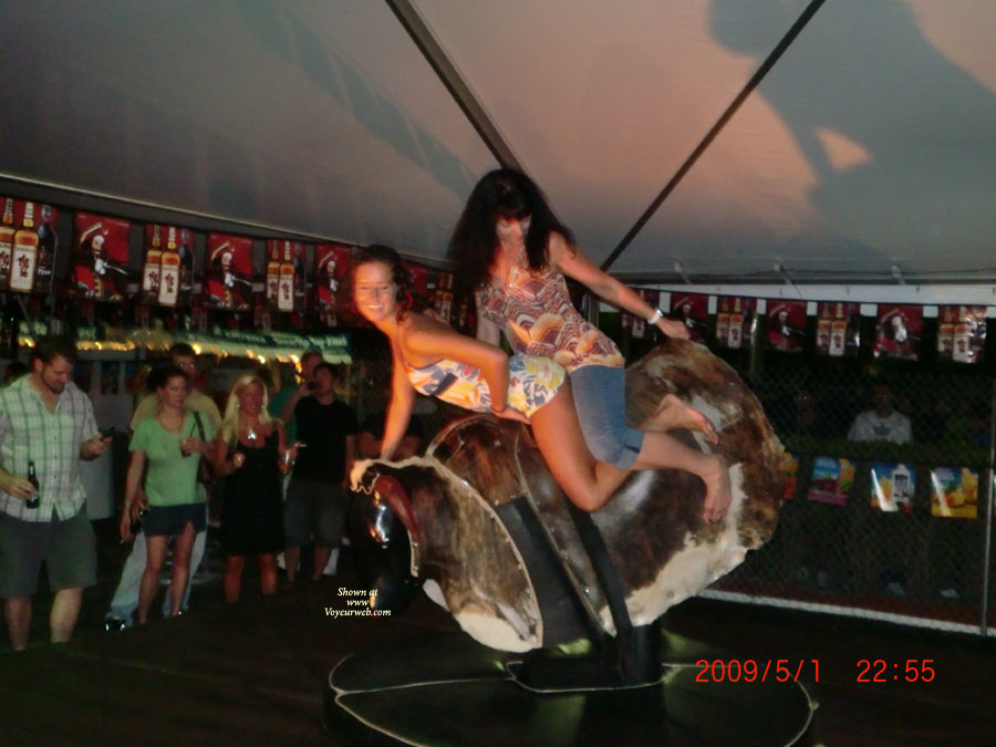 Pic #1 Girls On The Bull