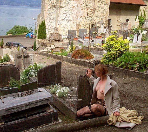 Pic #4 - Julie Hsavoie In Historic Village