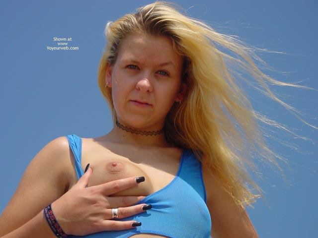 Pic #4 - Svenja Under The Blue Sky