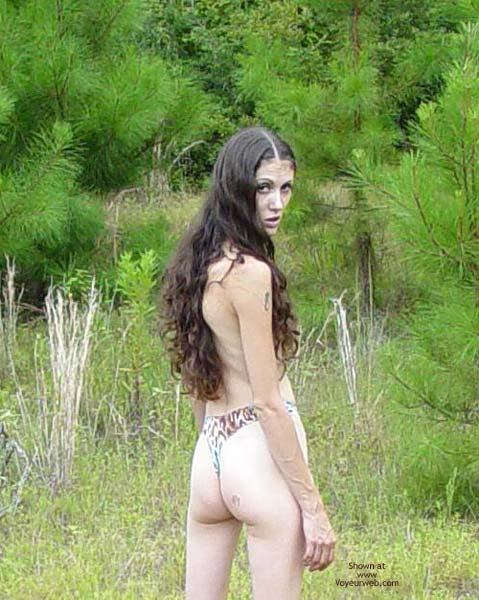 Pic #5 - Hippy Chick Goes To The Woods