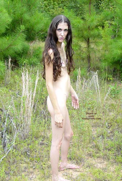 Pic #7 - Hippy Chick Goes To The Woods
