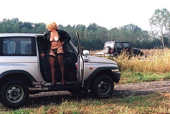 Pic #1 - Caty in Autostrada