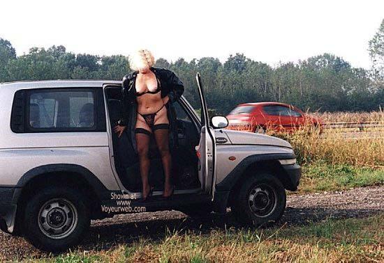 Pic #2 - Caty in Autostrada