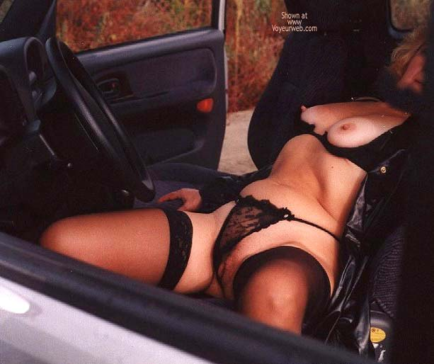 Pic #5 - Caty in Autostrada