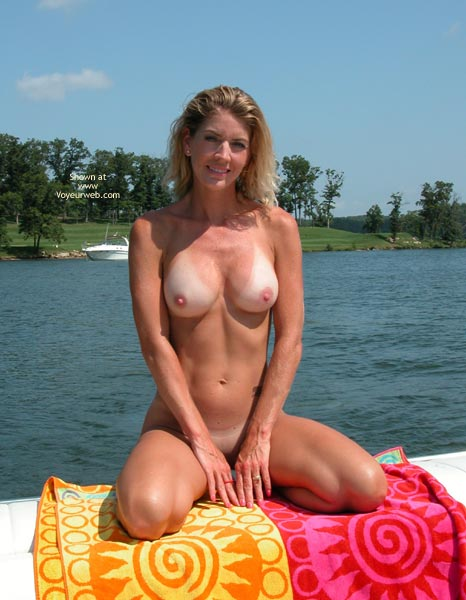 Sexy Golf Course Nudes Pictures