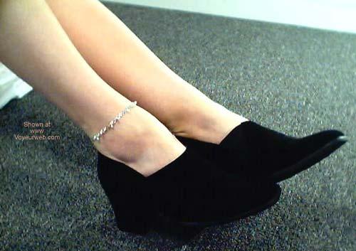 Pic #1 - Deb's Feet!