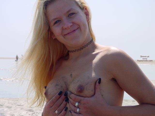 Pic #4 - Svenja In The Water