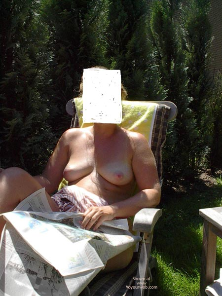 Pic #5 - My Wife First Time Topless!!