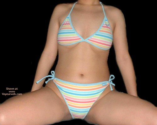 Pic #1 - My Sexy Thai Girlfriend In Bikini
