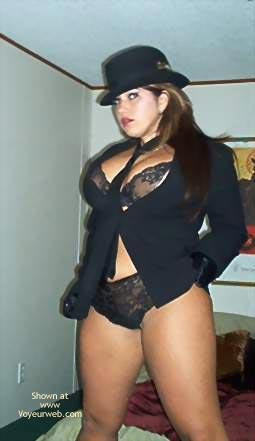Pic #1 - Sassy'S Striptease
