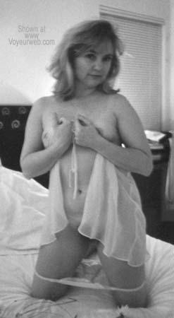 Pic #1 - Wife Debra B/W #1