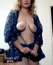Pic #2 - Hottie Wife