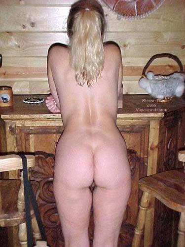 Pic #2 - Hot Butt Hesitant