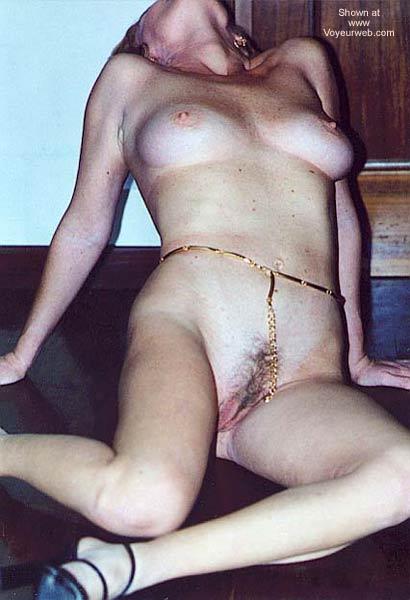 Pic #2 - Italian Lady Needs Encouragement