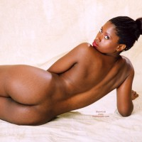 Studio Nude - Artistic Nude, Looking Over Shoulder, Nude Amateur