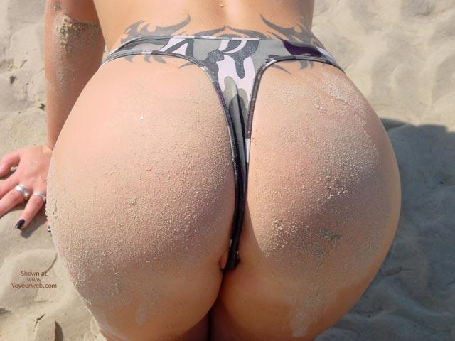 Pic #8 - Svenja Butt Show On The Beach