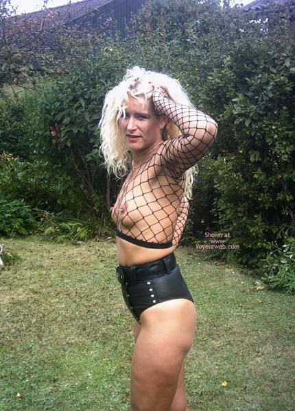 Pic #3 - Nipples In A Net