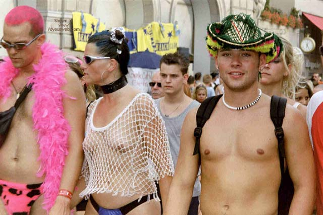 Pic #5 - Streetparade 2003 Zurich