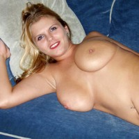 Pretty Smile - Big Tits, Blonde Hair, Lying Down, Navel Piercing