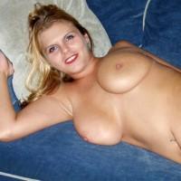 Pretty Smile - Big Tits, Blonde Hair, Lying Down, Navel Piercing