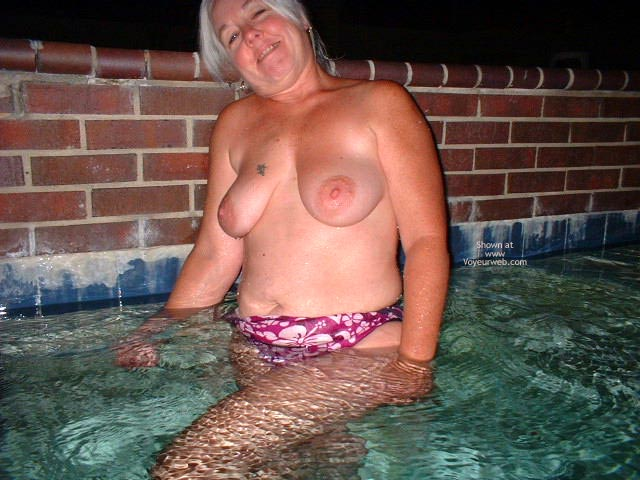Pic #3 - Tammy Having Fun At The Pool
