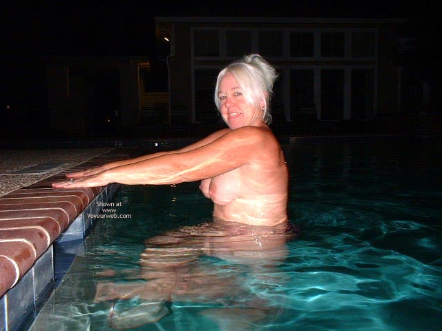 Pic #6 - Tammy Having Fun At The Pool