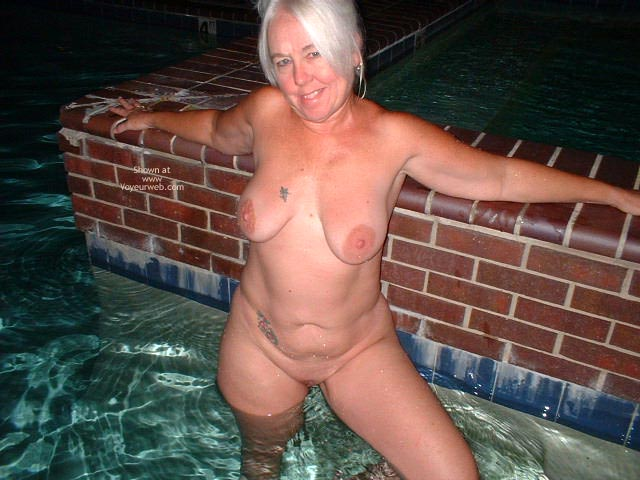 Pic #8 - Tammy Having Fun At The Pool