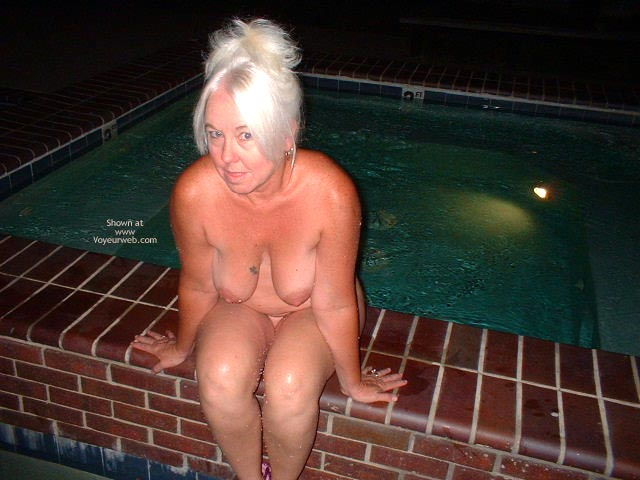 Pic #10 - Tammy Having Fun At The Pool