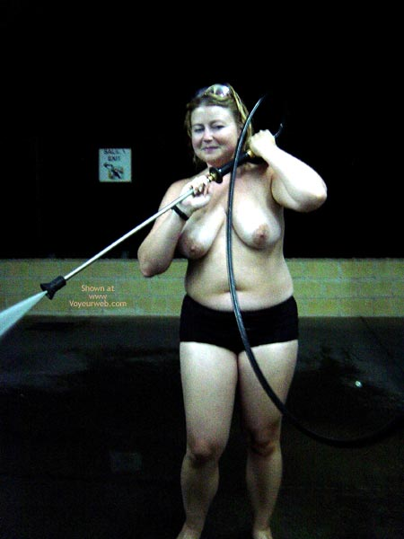 Pic #3 - Naked Car Washer For Hire Cont