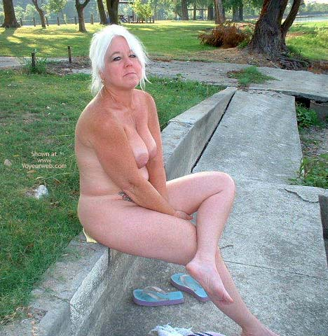 Pic #7 - Tammy At The Lake