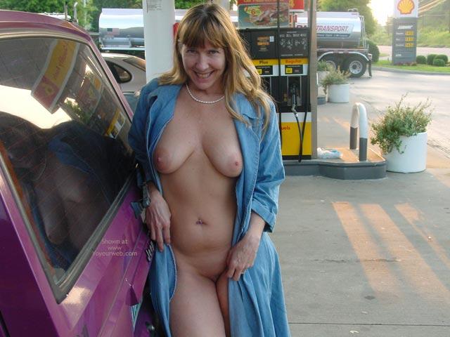 Pic #6 - Purple Patty'S Jeep Needs Gas