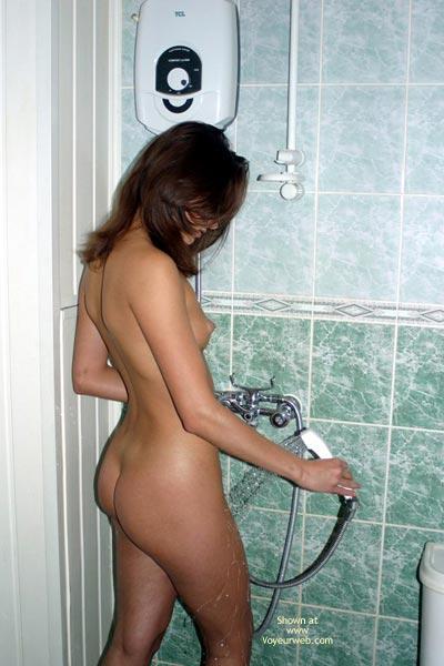 Pic #6 - Paola Take A Shower