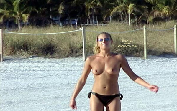 Pic #6 - Topless Beach Party