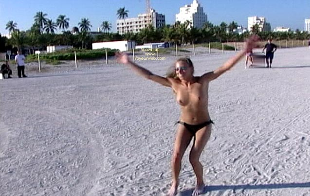 Pic #7 - Topless Beach Party