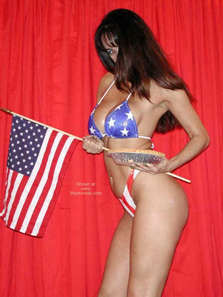 Pic #4 - *YO Isabella Salutes The Troops *1*