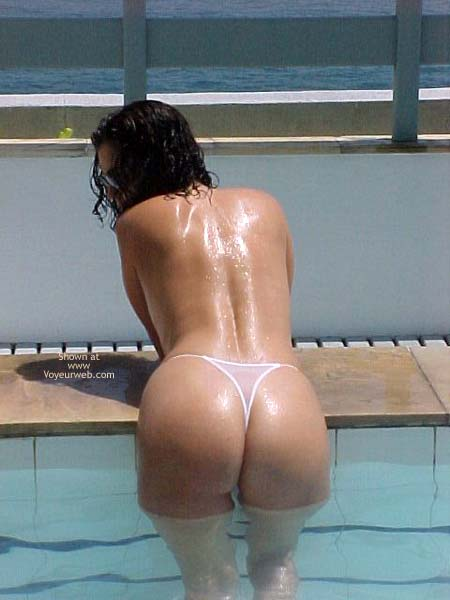 Pic #4 - Brazilian Girlfriend at The Pool